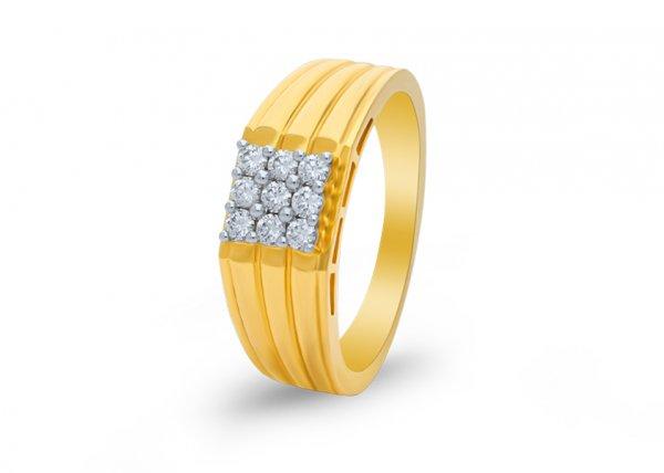 Banas Diamond Ring