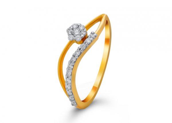 Aanshi Diamond Ring