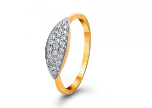 Manha Diamond Ring