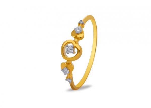 Pelia Diamond Ring