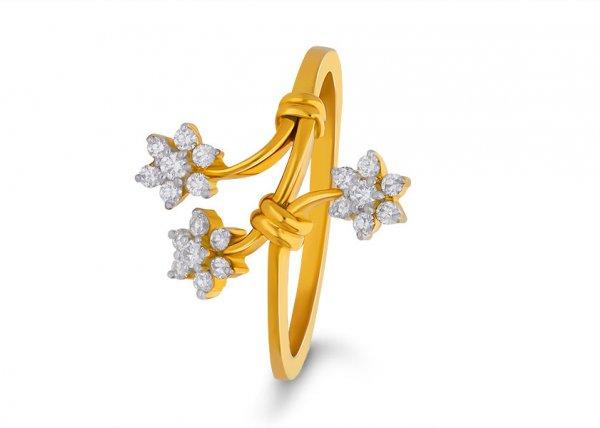 Triaconta Diamond Ring
